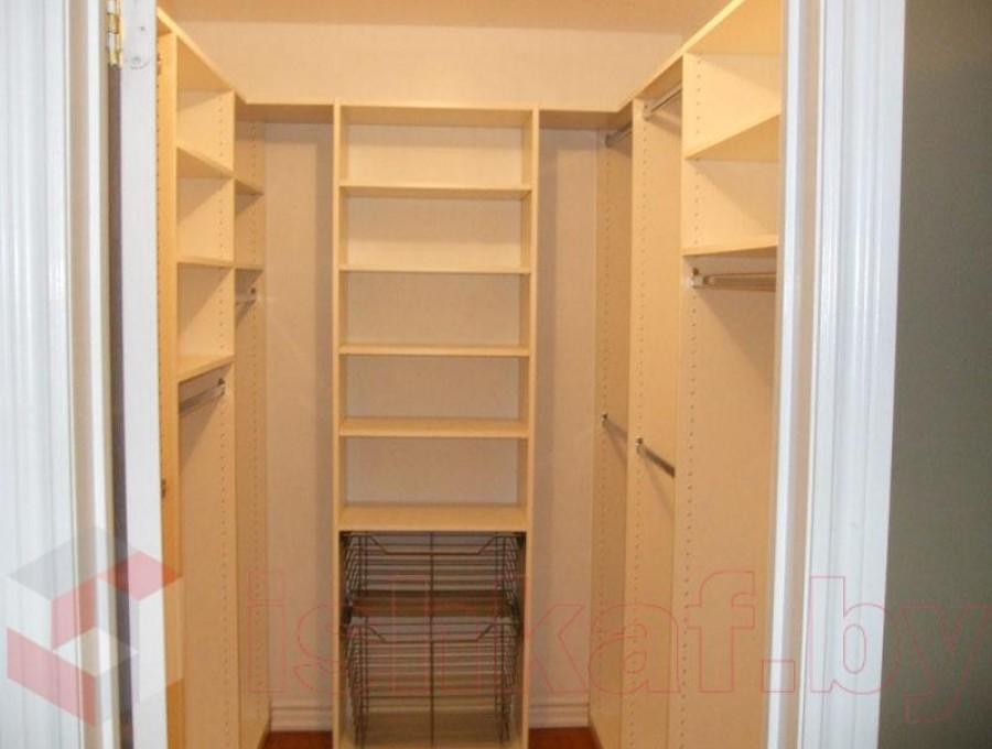 Гардеробная комната №2